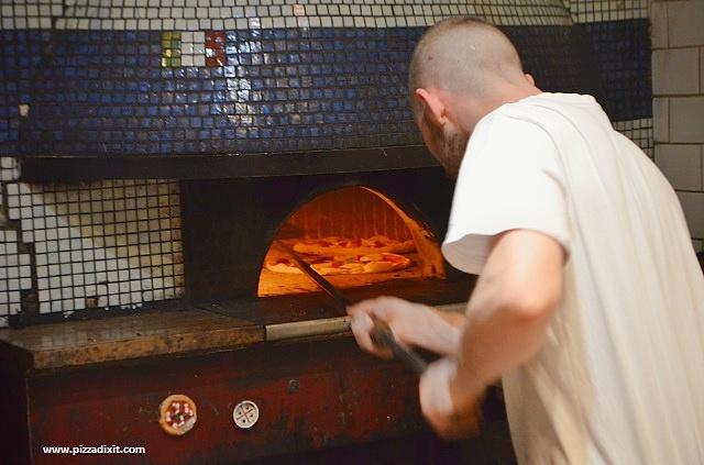 Bravi Ragazzi pizzeria Streatham forno a legna