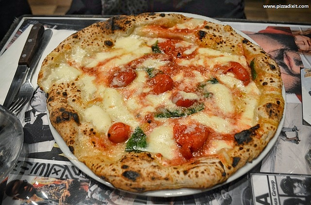Bravi Ragazzi pizzeria Streatham, pizza Spunzillo