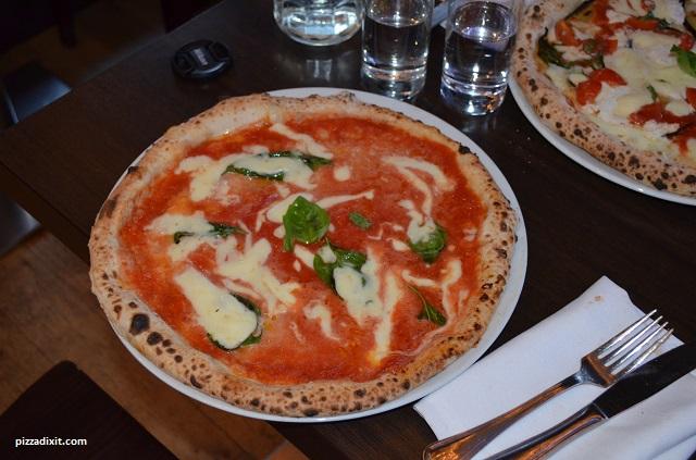 Donna Margherita pizzeria Bufalina
