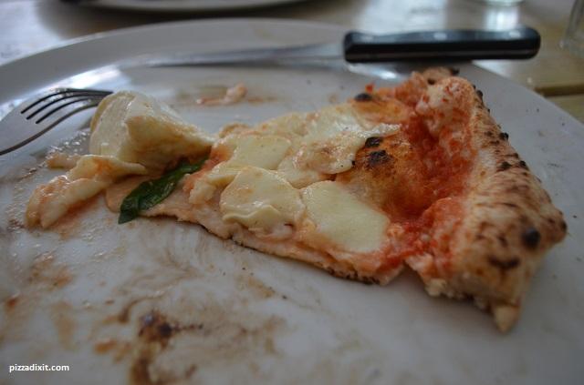 Pizzeria La Gatta, ottima Margherita