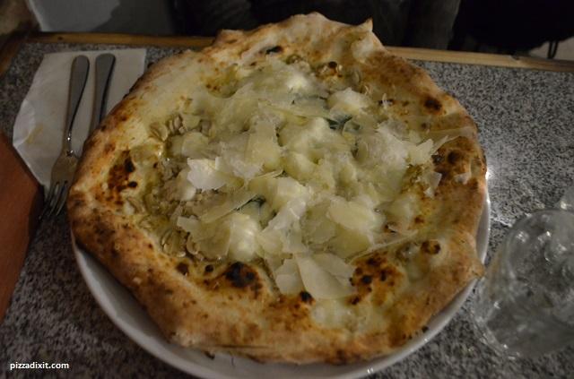 Santa Maria Fulham, pizza San Mattia