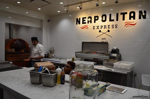 Pizzeria Neapolitan Express, Wall Street