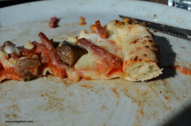 Sacro Cuore Kensal Rise, impasto della pizza sottile