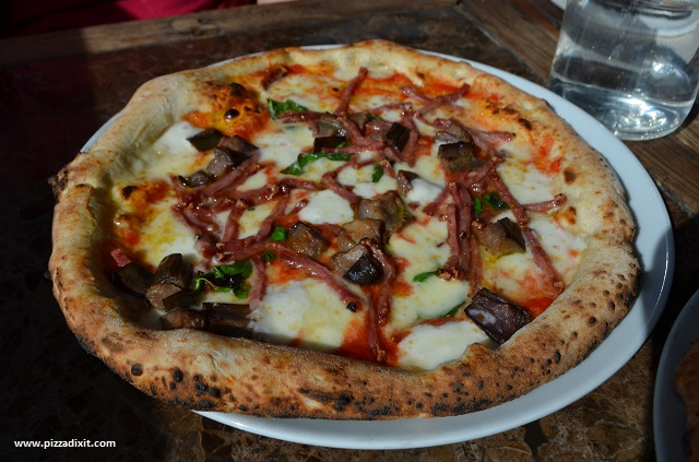 Sacro Cuore Kensal Rise, pizza Melanzane Parmigiana
