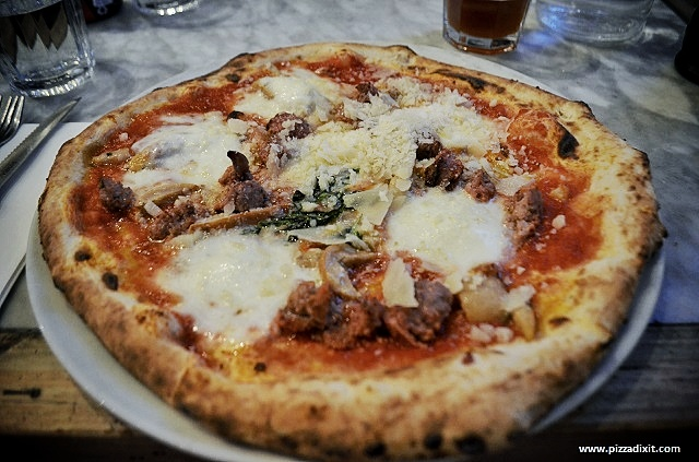 Sacro Cuore Kensal Rise pizza special