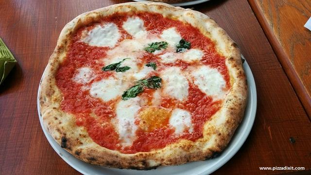 Figli del Vesuvio pizzeria Bufalina