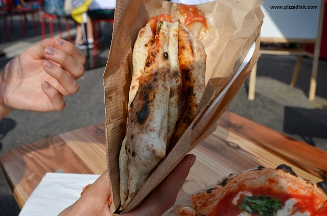 Pizza a portafoglio napoletana