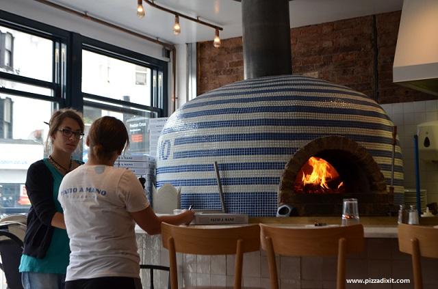 Fatto a Mano pizzeria forno a legna