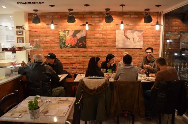 Pizzeria Bellillo Fulham locale