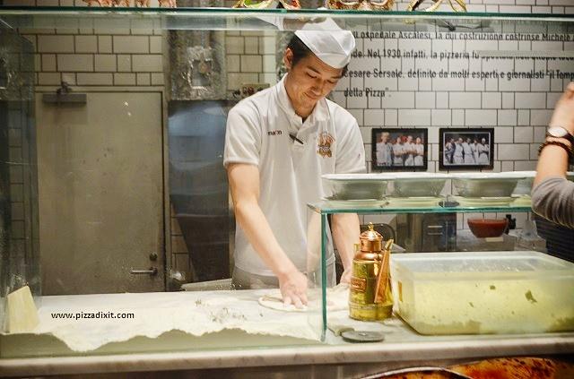 Antica Pizzeria Da Michele Tokyo pizzaiolo giapponese