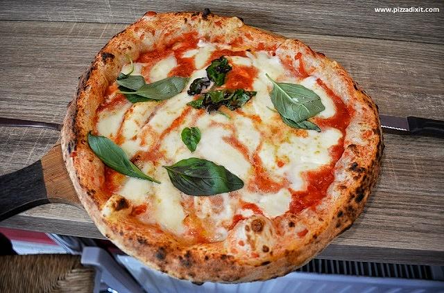Ciaooo Pizzeria Bruxelles Margherita pizza