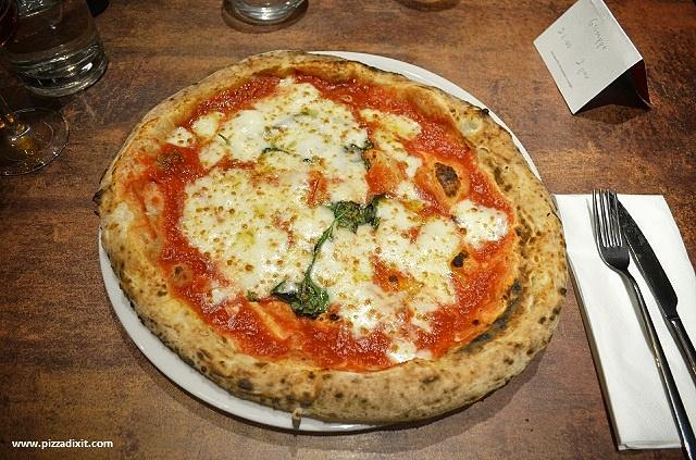 Pizzeria Quartieri Kilburn Londra Margherita