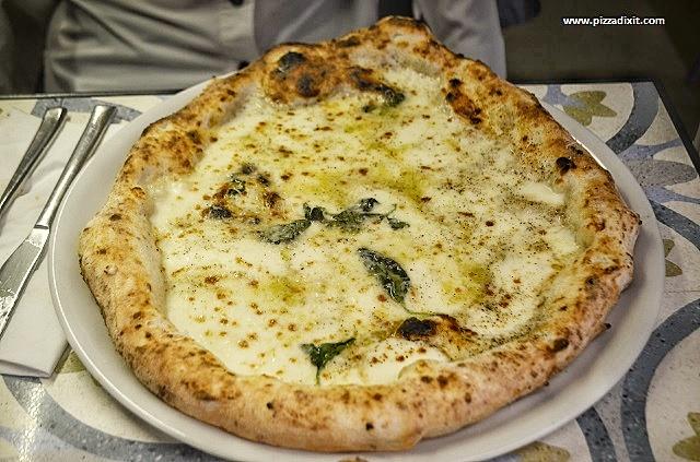 Pizzeria da Mariano Hammersmith pizza cacio e pepe