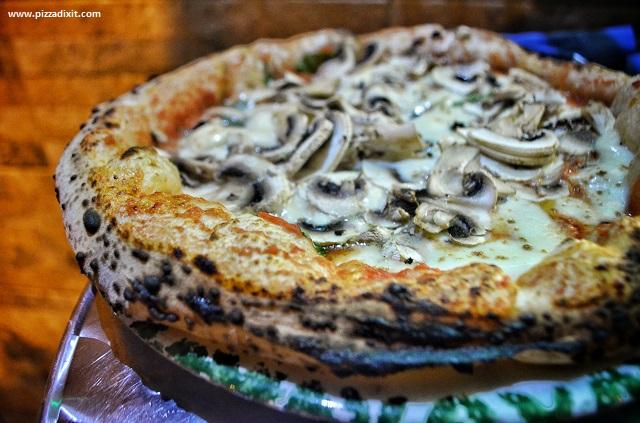 Da Sasà Bonn pizza napoletana