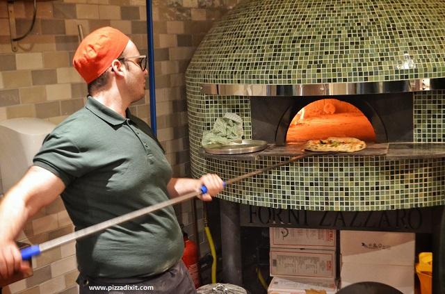 Purezza London Camden Town forno a legna