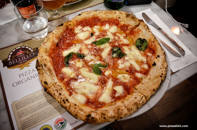Bellillo pizzeria Barcellona, la pizza Margherita