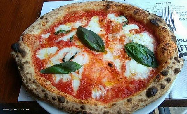 Baffi Poole pizzeria napoletana