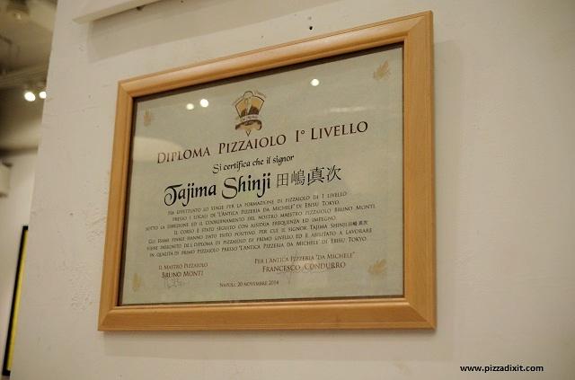 Antica Pizzeria da Michele Tokyo diploma pizzaiolo