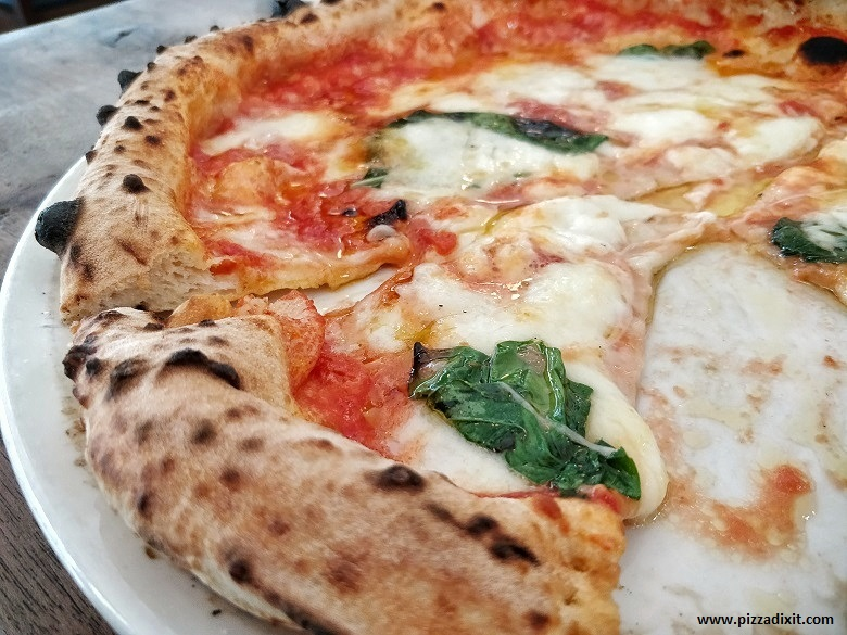'O Ver pizzeria napoletana Londra Southwark