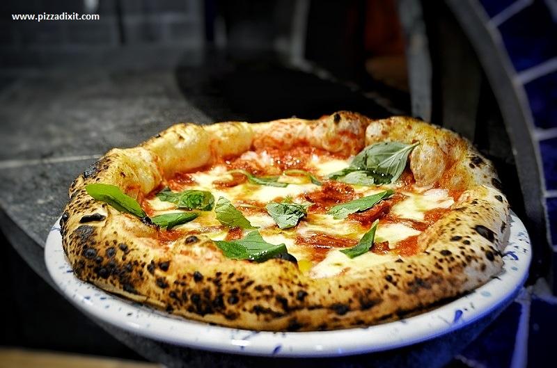 Napoli On The Road Chiswick neapolitan pizzeria London