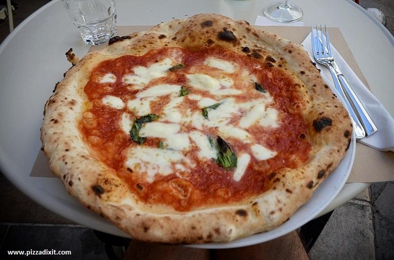 La Fabbrica di Marco Toulon, pizza Margherita