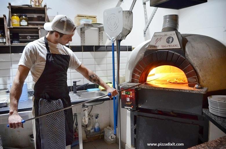 Malafemmena +39 pizzeria Berlino forno a gas