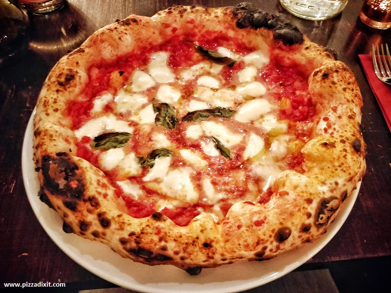 Cinquecento pizza napoletana Londra